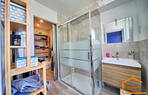 Salle de bain et dressing après travaux (Draveil 91210)
