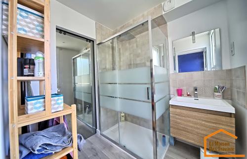 Salle de bain rénovée (Draveil 91210)